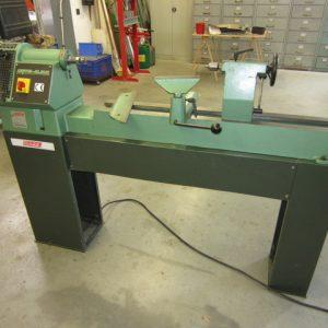Gebrauchtmaschinen-II-Drechselbank-II-830
